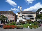 Monumento a Walther Von Der Vogelweide - Bolzano