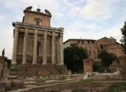Tempio di Antonio e Faustina - Roma