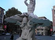 Fontana del Tritone - Roma