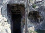 Ipogeo Atilia Pomptilla (II Sec)-Grotta Vipera - Cagliari