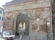 Porta San Giovanni - Lucignano