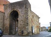 Porta San Giusto - Lucignano