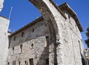 Porta San Pietro o Vittoria - Gubbio