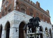 Statue Equestri Farnesiane - Piacenza