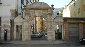 Arco dei Tre Portoni