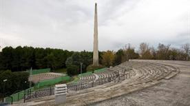 Teatro e Stele Dannunziana Sec.XX