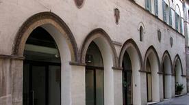 Palazzo Cresci Antiqui