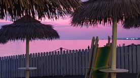 Be Bop a Lula Beach - >Ladispoli