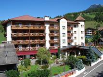 Wellness Hotel Almhof Call - Enneberg