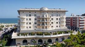 Hotel Palace - >Milano Marittima