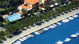 HOTEL DELLA BAIA - >Portovenere