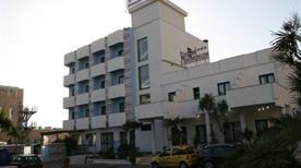 HOTEL ARIMINUM - >Montesilvano