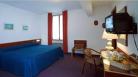 HOTEL ALEXANDER - >Genova