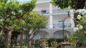 Hotel La Certosella - >Capri