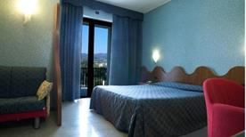 Mare Hotel - >Savona