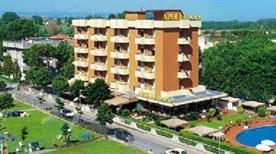 HOTEL APOLLO - >Viserbella