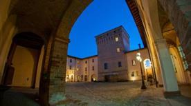 Hotel La Tavola Rotonda - >Cortemaggiore