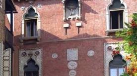 Ca' della Corte - >Venezia