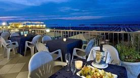 HOTEL CARAVELLE - >Cattolica