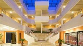 CAESAR'S HOTEL - >Cagliari