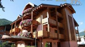 Hotel Arisch - >Aprica