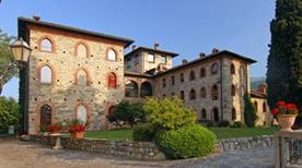 Castello Di Casiglio - >Erba