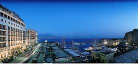 GRAND HOTEL VESUVIO - >Napoli
