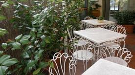 HOTEL BERNARDINO - >Lucca