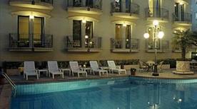 HOTEL AMBASSADOR - >Rimini