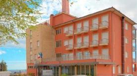 HOTEL 3 QUERCE - >Camerano