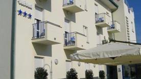 HOTEL NINA - >Marina di Bibbona