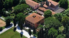 Hotel Villa Maya - >Cascina