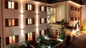 HOTEL DIANA POMPEI - >Pompei