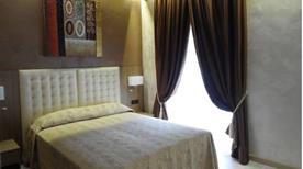 HOTEL CONTINENTAL - >Turin