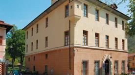 Palazzo Fieschi - >Savignone
