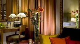 HOTEL DEI MELLINI - >Rome