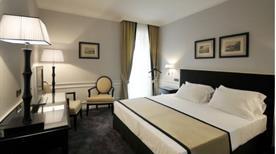GRAND HOTEL ORIENTE - >Napoli