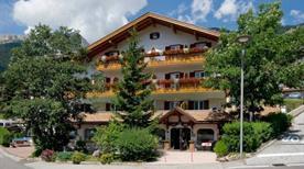 HOTEL CRISTALLO - >San Giovanni di Fassa