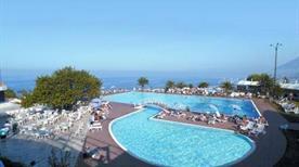 Hotel Villaggio Vacanze Torre Normanna - >Altavilla Milicia