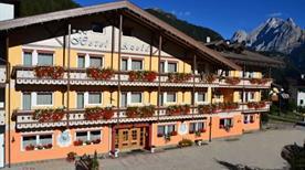 Hotel Azola - >Canazei