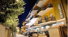 HOTEL ANTAGOS - >Montesilvano
