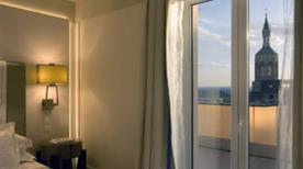 BENTLEY HOTEL - >Genova