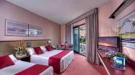 GOTHA HOTEL - >Cirie'