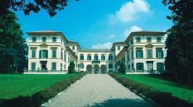 Hotel Villa San Carlo Borromeo - >Senago