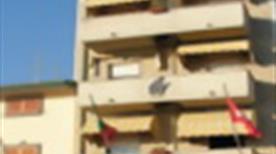 ALBERGO RISTORANTE LA VELA - >Camaiore