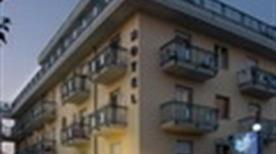 HOTEL CORALLO - >Giulianova