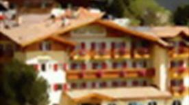 HOTEL RENATO - >San Giovanni di Fassa