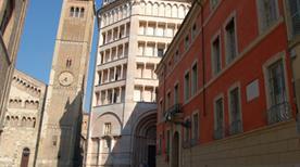 Palazzo Dalla Rosa Prati - >Parma