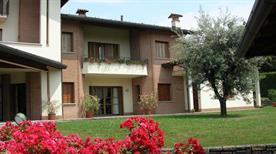 B & B  Casa Ceruti - >Villa Guardia