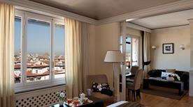 Tornabuoni Collection - >Florencia